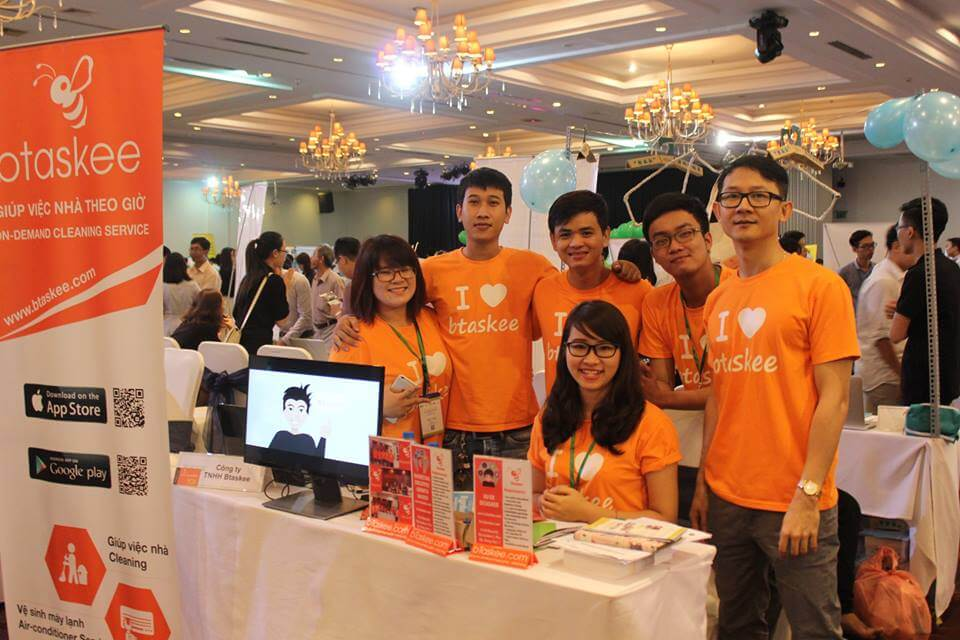 bTaskee's members joining in Vietnam Startup Day