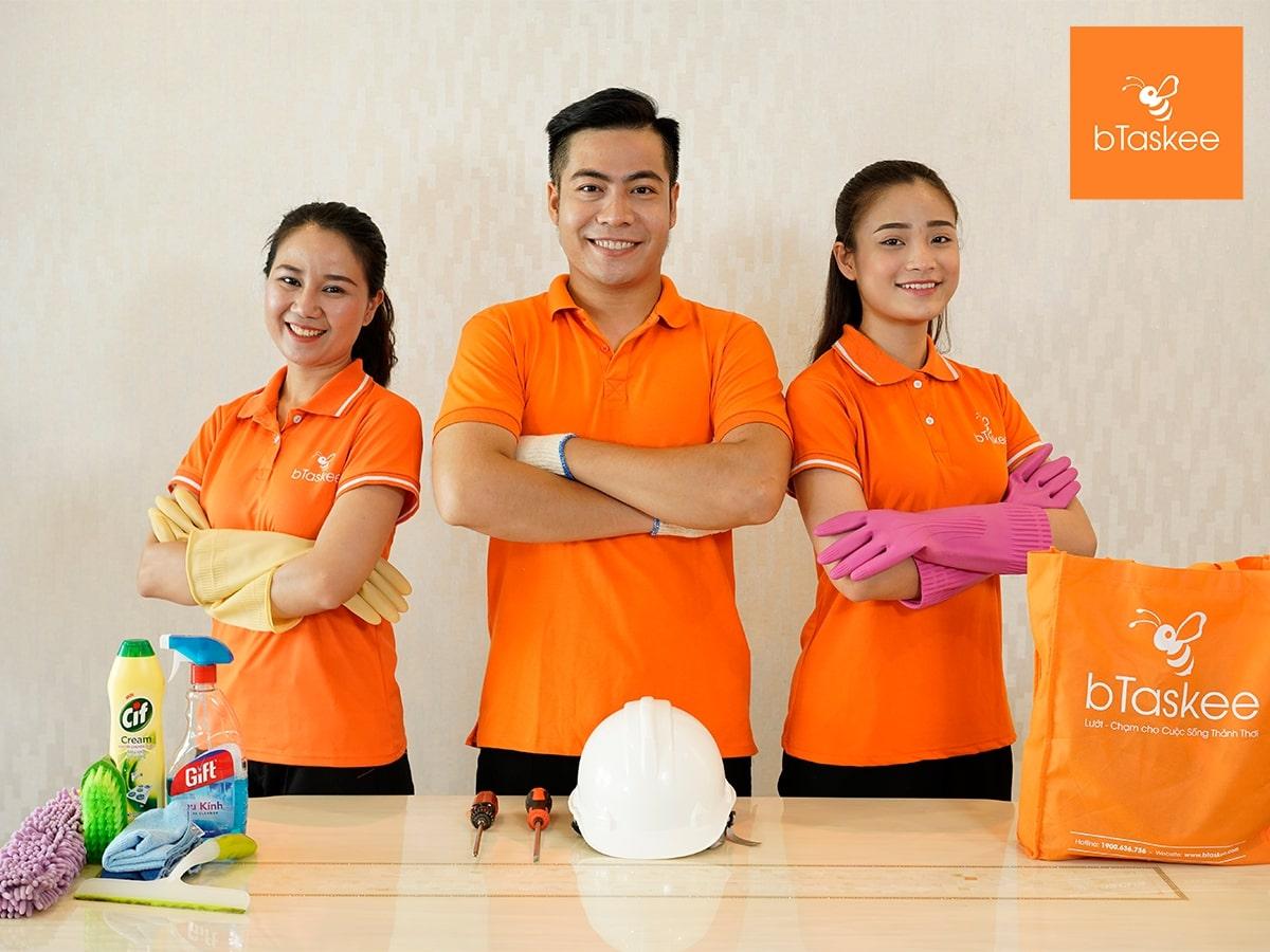 bTaskee là công ty tiên phong ứng dụng nền tảng công nghệ vào ngành giúp việc gia đình ở Việt Nam, cho phép bạn cùng người giúp việc chủ động đăng và nhận việc trực tiếp trên ứng dụng.
