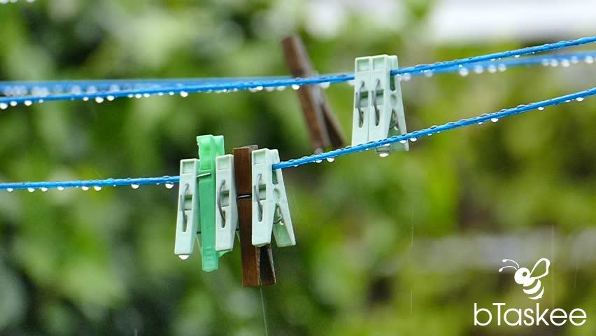 Giặt quần áo như thế nào để nhanh khô trong mùa mưa?