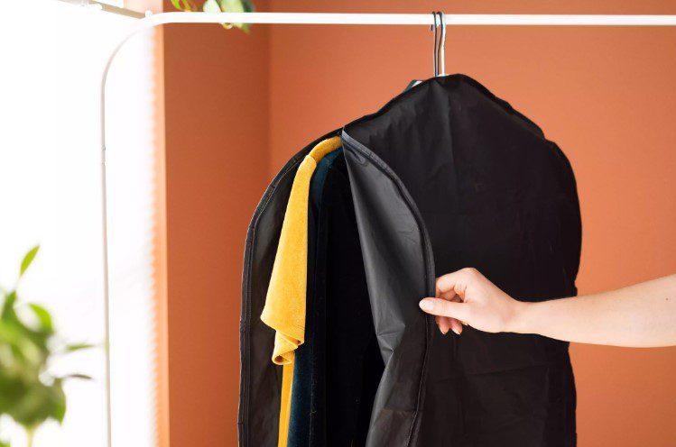 Bảo quản quần áo vải nhung