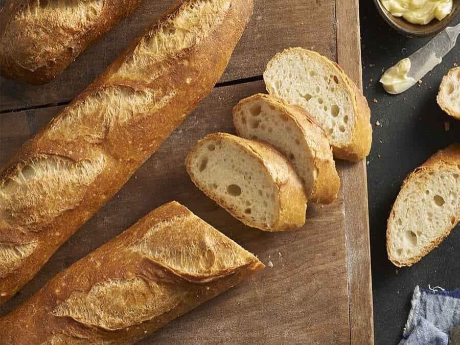 bánh mì cũ