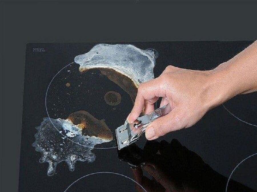 bếp hồng ngoại bị cháy mặt kính
