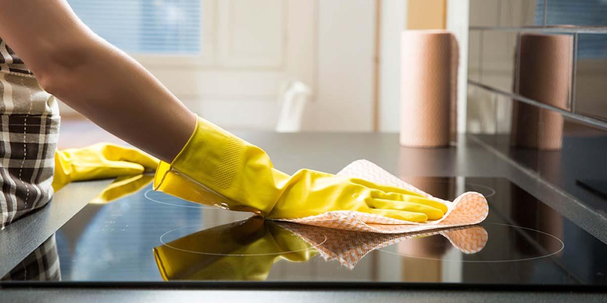 cách vệ sinh bếp từ