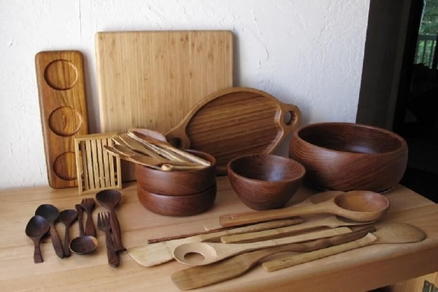 đồ dùng bằng gỗ