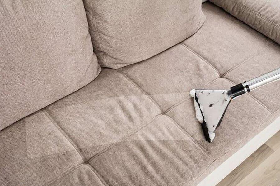 ghế sofa bám bụi bẩn