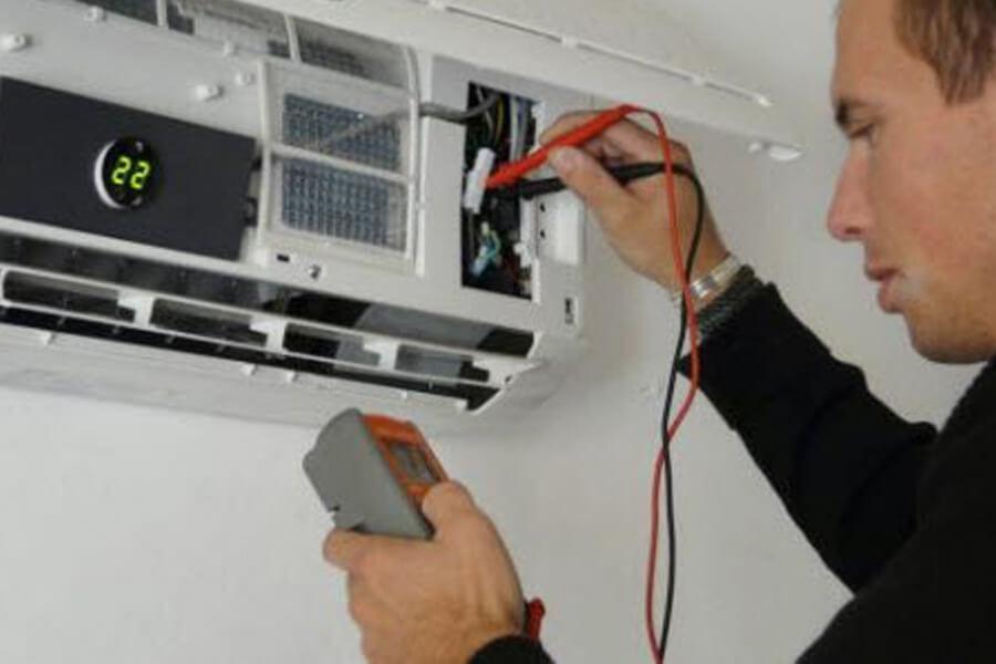 kiểm tra cảm biến nhiệt độ máy lạnh