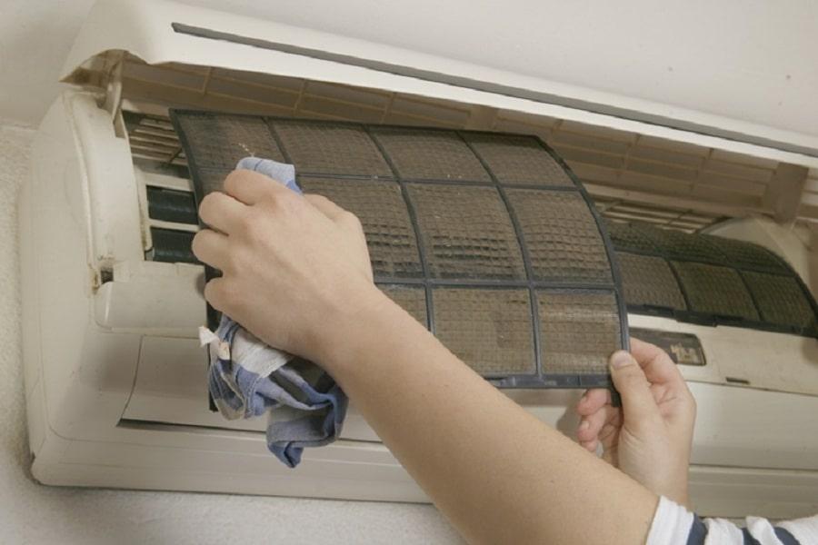 máy lạnh bẩn gây cản trở máy làm lạnh