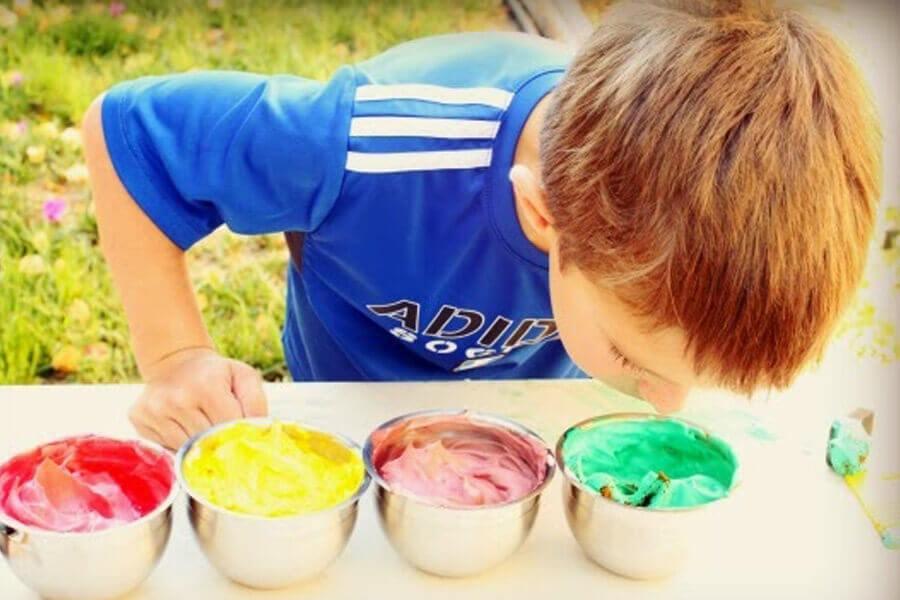 nước sơn độc cho trẻ em