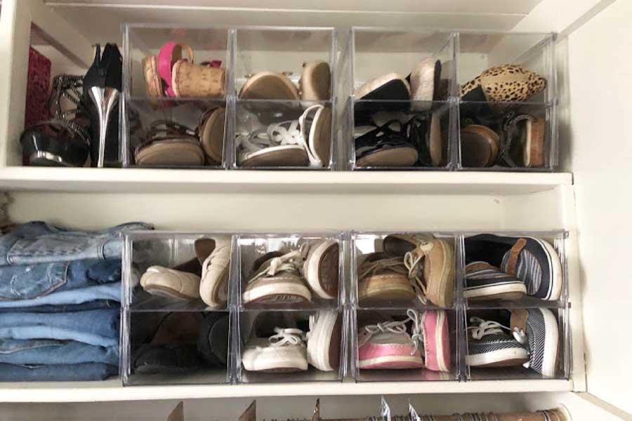 giày đựng trong hộp