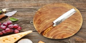 chọn thớt gỗ nghiến