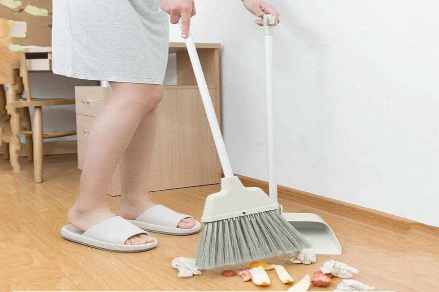 cách quét nhà đúng