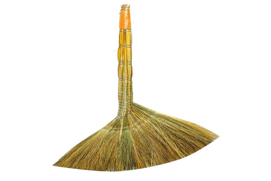 chổi cỏ quét nhà