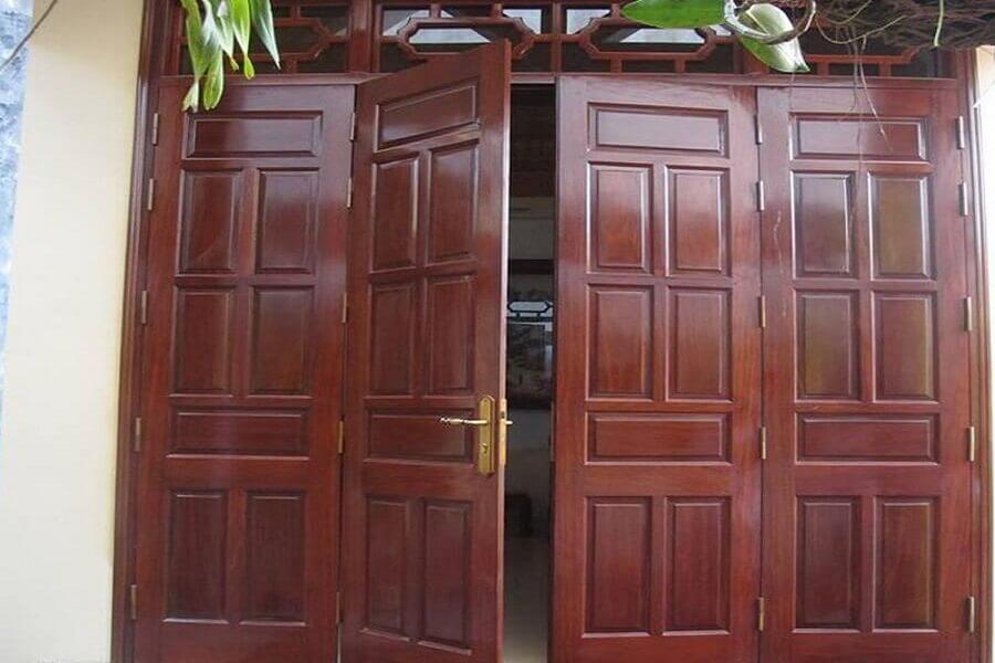Nguyên nhân cửa gỗ bị xệ