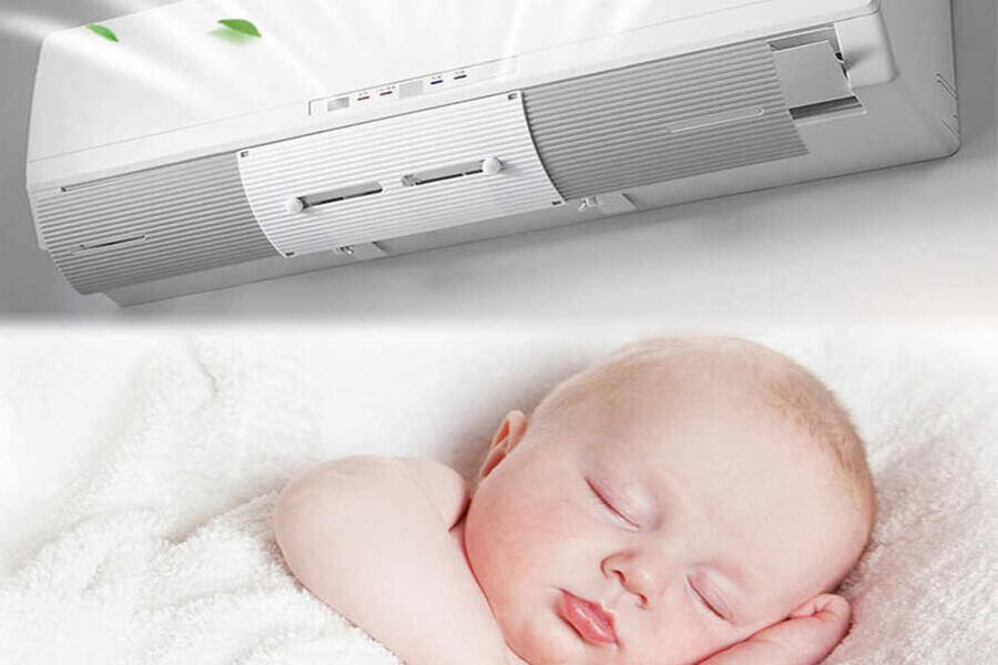 Trẻ sơ sinh ngủ trong phòng máy lạnh