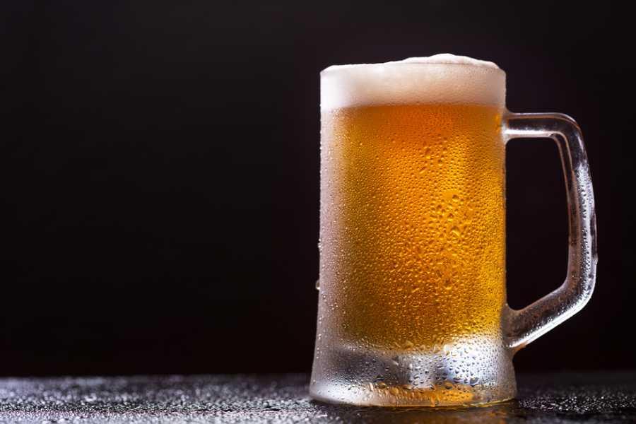 Sử dụng bia để bẫy ốc sên