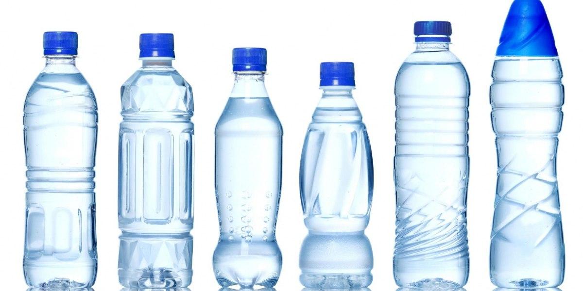 bình nhựa đựng nước