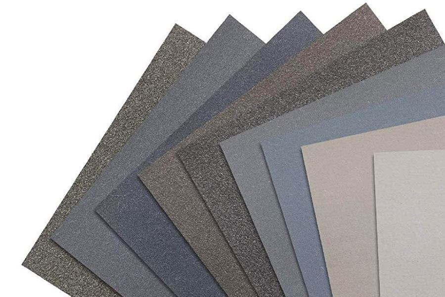 giấy nhám tẩy sơn trên sàn nhà