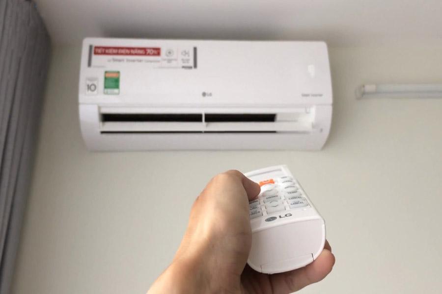 Điều khiển máy lạnh LG