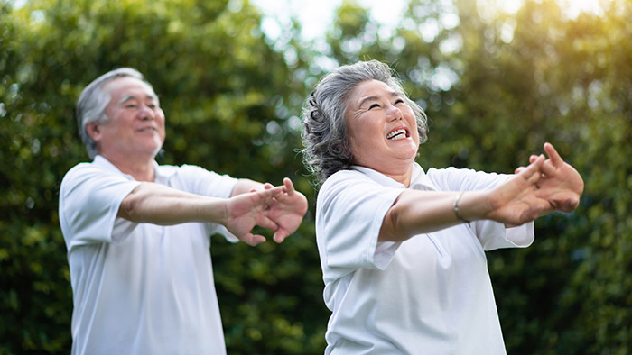 Bài tập kéo dãn cột sống trong thể dục dưỡng sinh