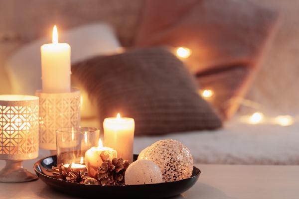 Sáp thơm tạo mùi hương dễ chịu trong phòng ngủ. (Ảnh: VINAMATTRESS)