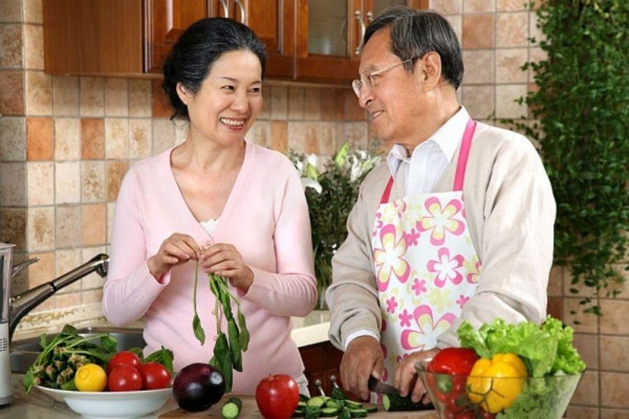 bữa ăn dinh dương cho người già bị lẫn phục hồi khoẻ