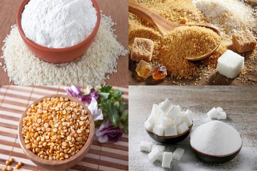Nguyên liệu làm bánh trung thu dẻo: bột bánh dẻo, đường, đậu xanh chà vỏ, dầu ăn,...