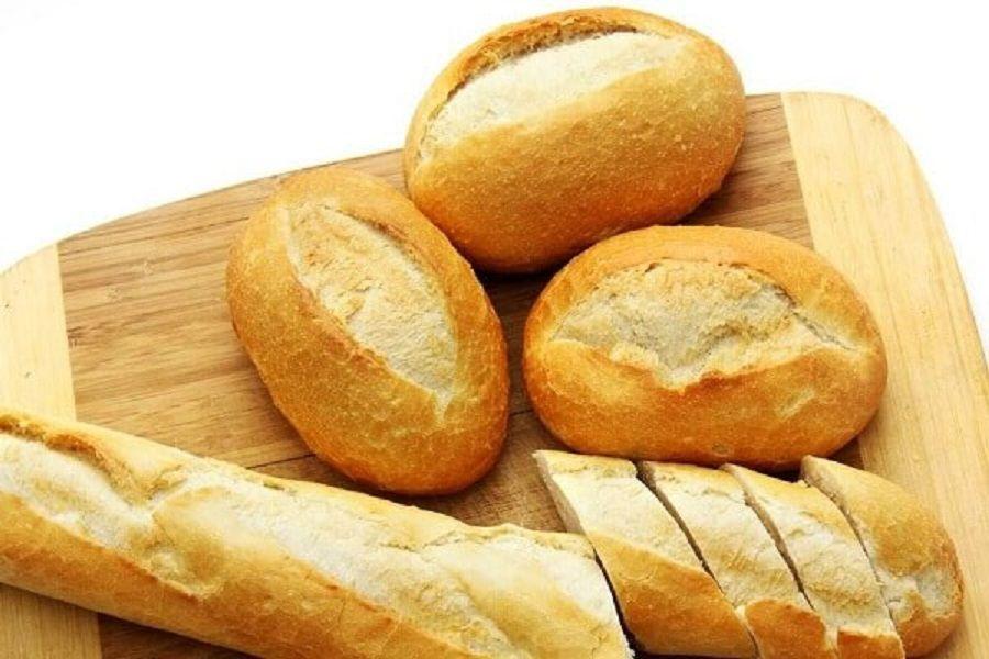 Bánh mì được cắt lát để khi ăn chỉ cần lấy vừa đủ.