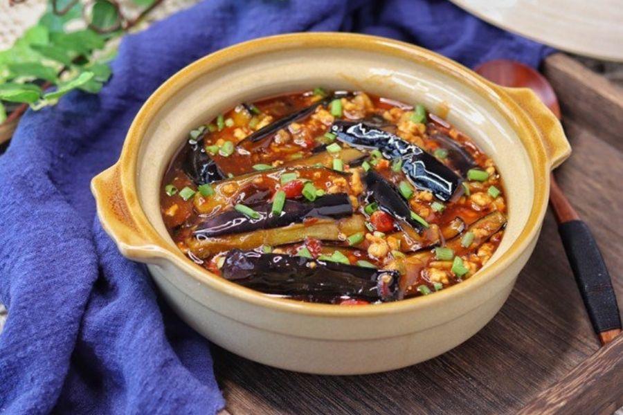 cà tím mỡ hành nấu với đậu và thịt