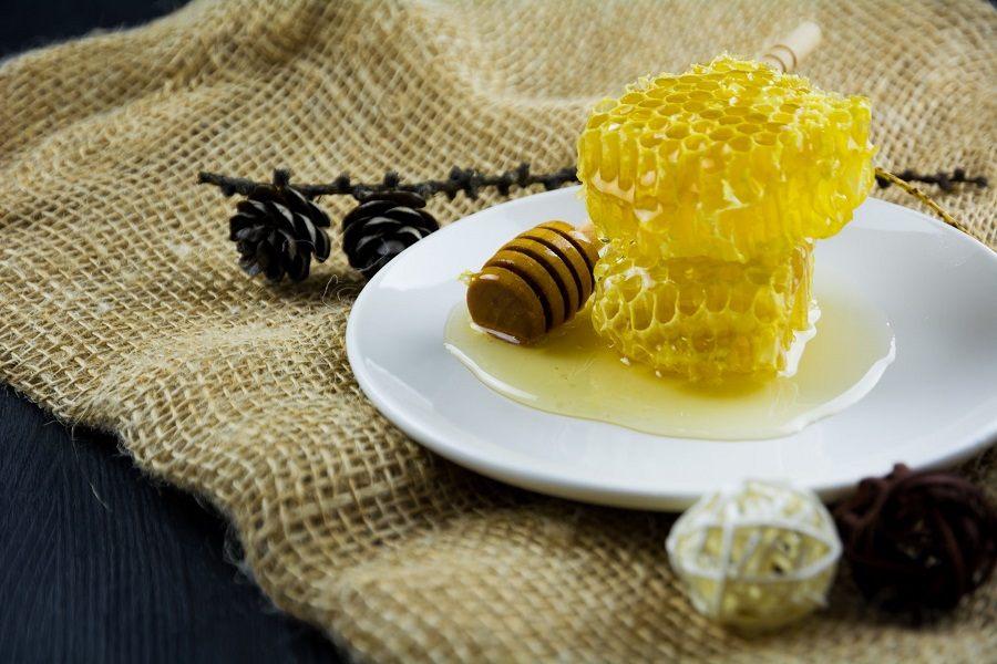 Sáp ong tươi bảo quản được tối đa 6 tháng