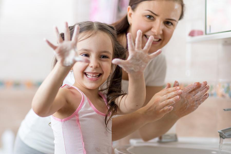 Giữ gìn vệ sinh cá nhân cho trẻ
