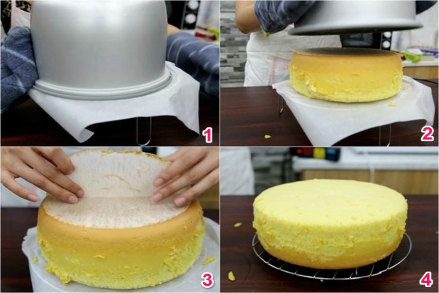 Lật úp nồi để lấy bánh ra. Tháo lớp giấy lót. Kiểm tra bánh đã chín chưa.