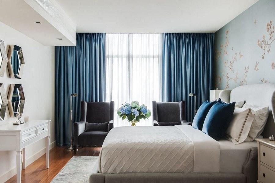 Chọn rèm cửa phòng ngủ có màu sắc hợp với màu sơn tường, giường ngủ