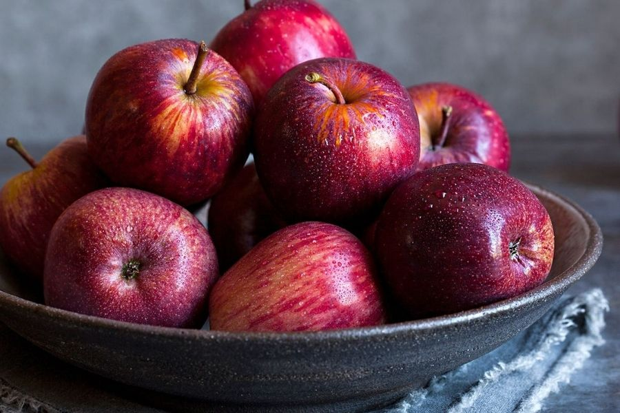 cách chọn táo tươi ngon dựa vào hình dáng quả