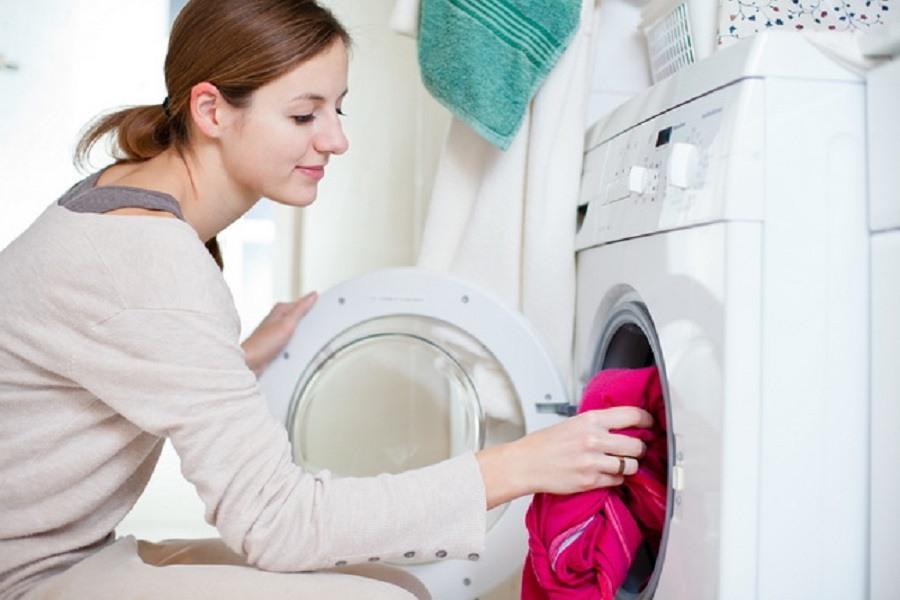 Giặt rèm cửa bằng máy giặt tại nhà