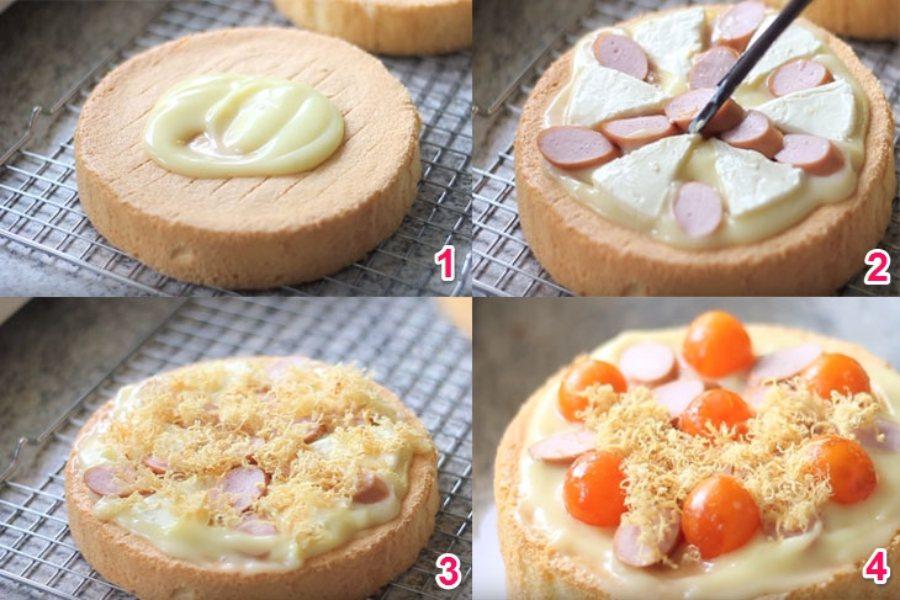 Cách làm bánh bông lan trứng muối 1. Phết sốt lên 1/2 bánh 2. Cho thêm phô mai, xúc xích lên 3. Cho chà bông 4. Cho trứng muối lên