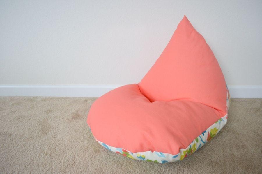 Bạn có thể tùy thích sử dụng 2 mặt vải bọc ghế lười