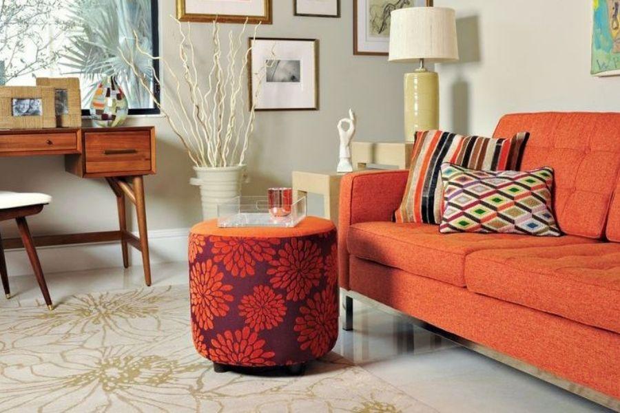 Ghế sofa màu cam phù hợp với người mệnh thổ