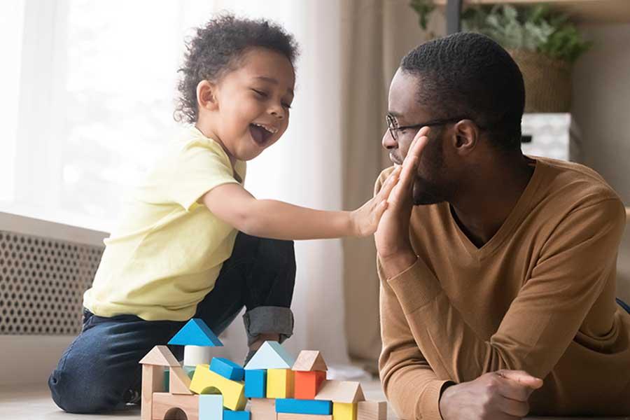 Luôn động viên, khuyến khích trẻ khi trẻ làm tốt