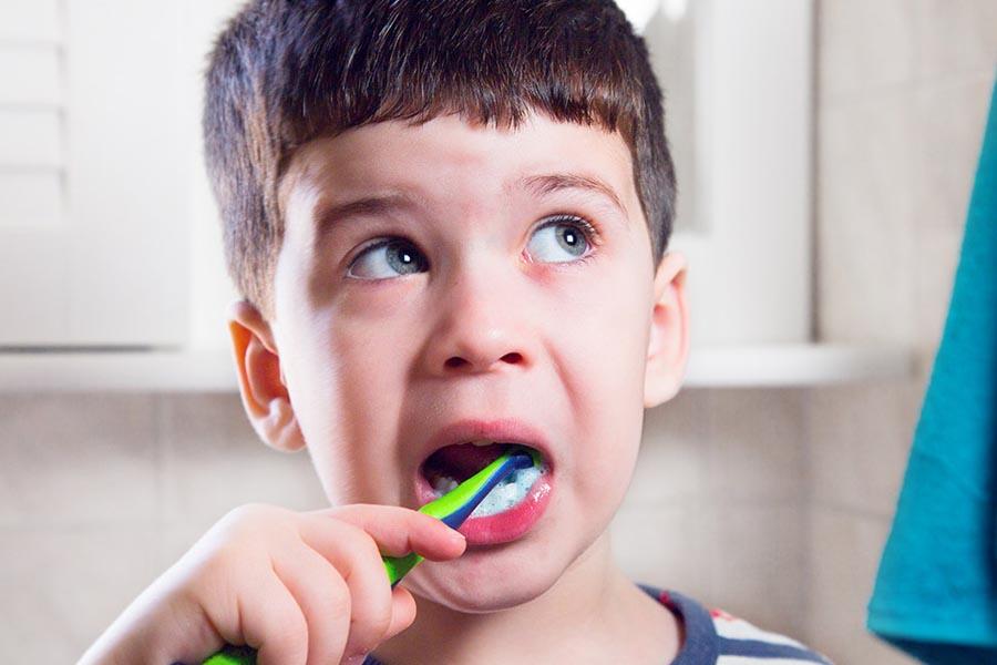 Tạo thói quen đánh răng hằng ngày cho trẻ