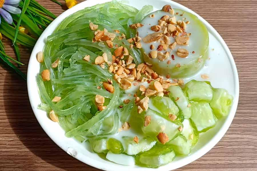 Thành phẩm chè thạch xanh lá dứa nước cốt dừa