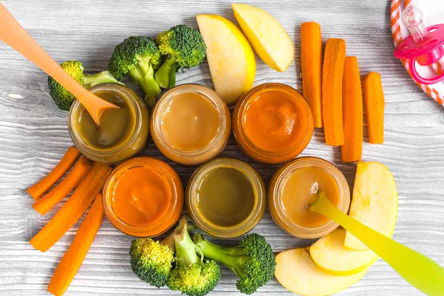 Cung cấp đầy đủ dinh dưỡng cho trẻ