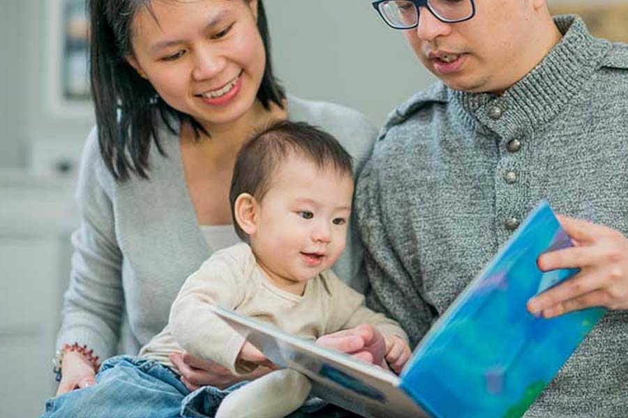 Đọc cho trẻ nghe thường xuyên để trẻ học nói
