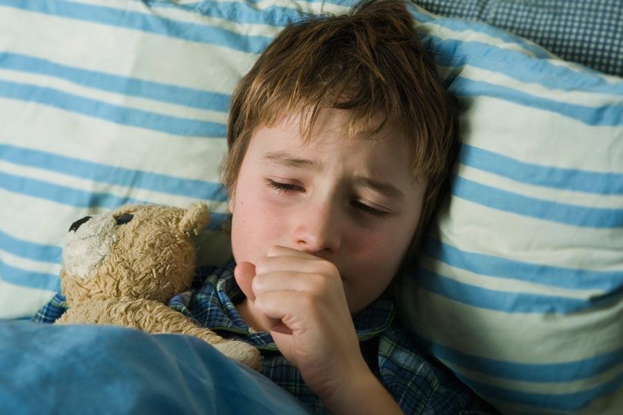 Trẻ bị ho thường do nhiều nguyên nhân khác nhau